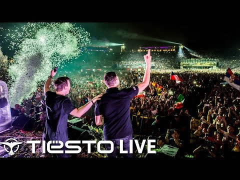 Tiësto & Hardwell B2b - Live  Tomorrowland (week 2) 2014 video