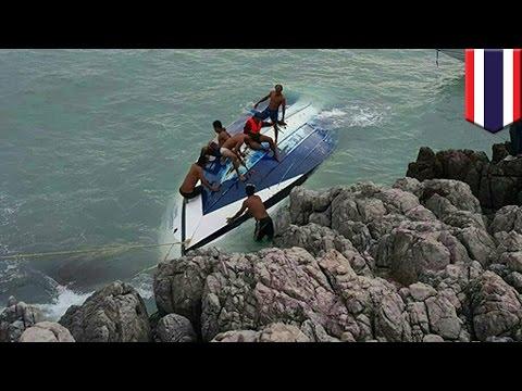 Speedboat crash: Two tourists killed when huge wave capsizes speedboat in Thailand - TomoNews