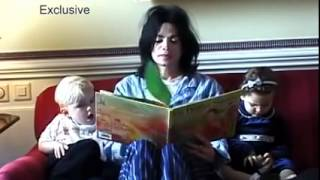 Michael Jackson Video - Michael Jackson reading a book to his children (Prince and Paris)