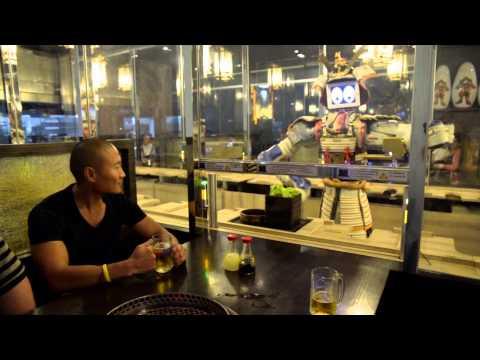 Robot restaurant i Bangkok