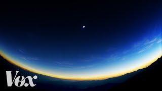 download lagu A Mountaintop View Of The Total Solar Ese gratis