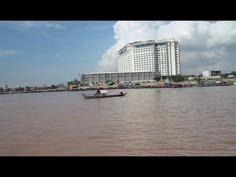 Cruising along the Mekong River on the weekend | Cambodia boat tour today at riverside