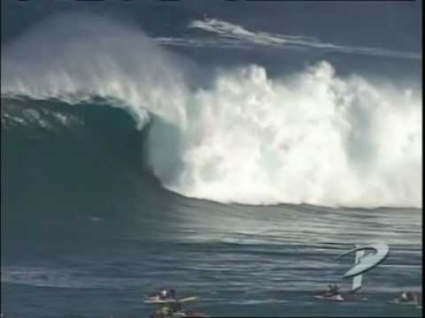 Skindog wipeout at Jaws I POWERLINES PRODUCTIONS
