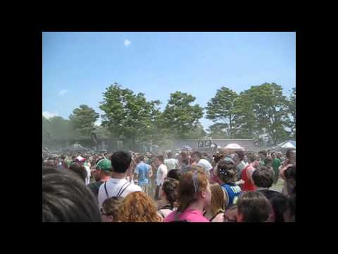 Less Than Jake - Plastic Cup Politics (Darien Lake / Darien Center, NY 7/12/2011)