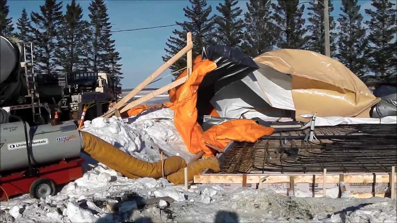 Hoarding fails during winter concrete pour youtube for Concrete freezing