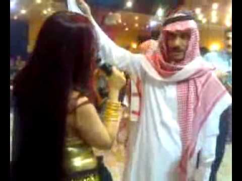 Саудитец се забавлява в Дубай فضيحة فضيحة فضيحة