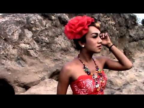 Official Video Banyuwangi Mutioro Ati by Pelipsing Rika Farida
