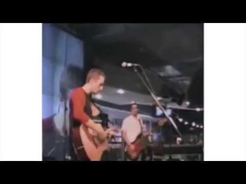 download lagu Coldplay - Yellow H Webcast, July 10 2000 gratis