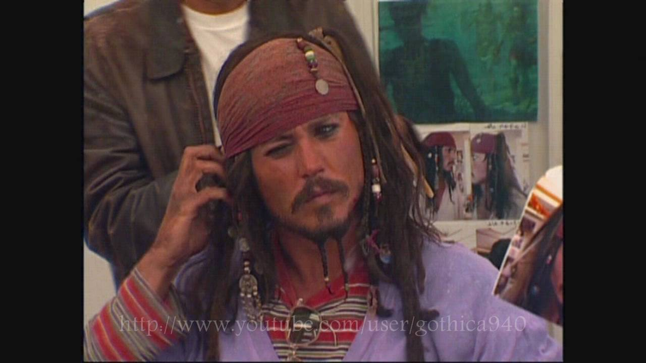 first new pics of johnny depp as jack sparrow pirates of