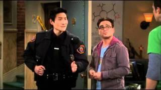 Big Bang Theory - A Sheldon le hackean la cuenta del wow