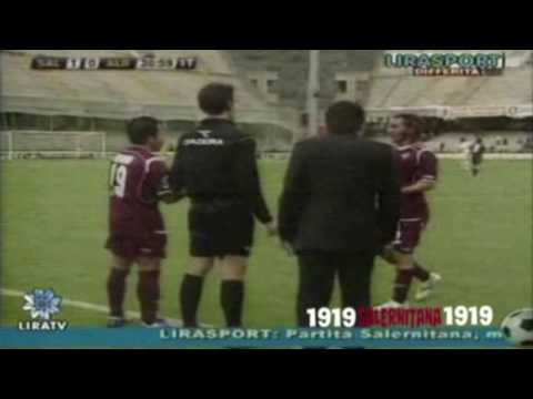 http://www.1919salernitana1919.com/ Roberto Merino Ramirez Skills , Goal and Assist Salernitana 2009 Roberto Merino in Salernitana - Albinoleffe gol da centrocampo HD 18-04-09 SOUNDTRACK...