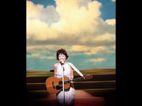 森山良子さんの代表曲②「さとうきび畑」
