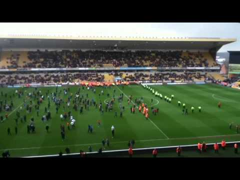 Wolves pitch invasion vs Burnley 27.04.13