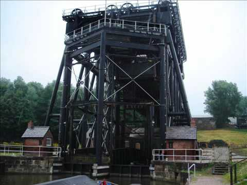 England: The Anderton Boat Lift