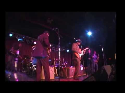 Hubert Sumlin, Jimmy Vivino, Levon Helm at BB Kings, NY 2001 Part 5.