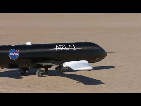 NASA Examines Technology To Fold Aircraft Wings In Flight