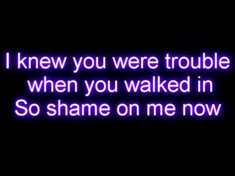 Taylor Swift - I Knew You Were Trouble Letra / Lyrics