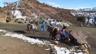 الثلوج تعزل قرى بجبال الأطلس