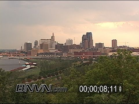 8/8/2005 Morning distant lightning video from St. Paul MN