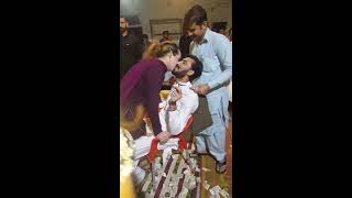 Pakistani Hot Girls Dance And Kisses in wedding