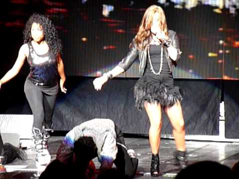 Demi Lovato- Got Dynamite; Mansfield MA- 8-25-10