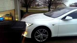Tesla Model S 7.1 Summon Enter
