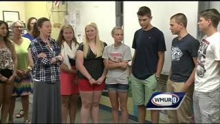 Senior class gifts money raised for trip to principal battling cancer