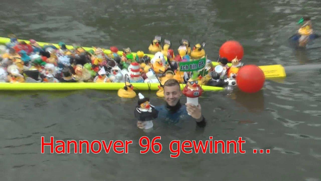 Hannover 96 gewinnt das entenrennen auf dem maschseefest for Butlers hannover
