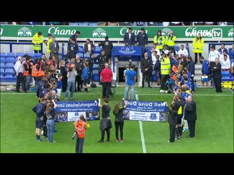 OSSIE TRIBUTE: Guard of honour for Leon Osman
