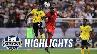 Tempers flare as Altidore, Flemmings are both given yellow cards | 2019 CONCACAF Gold Cup Highlights