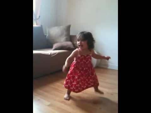 Baby girl dancing waka waka