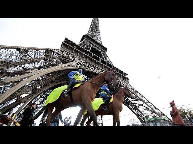 پاریس برای کنفرانس بین المللی تغییرات آب و هوایی آماده می شود