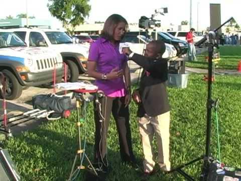 5th Grader Interviews CNN Reporter Suzanne Malveaux - YouTube