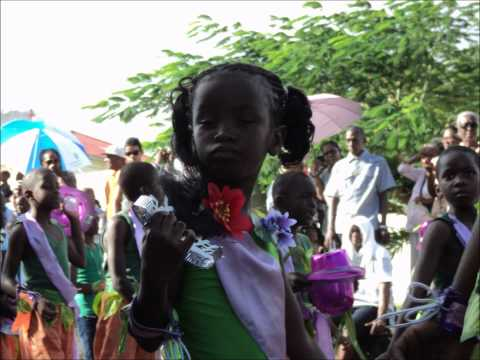 St. Kitts Carnival Parade 2012.wmv