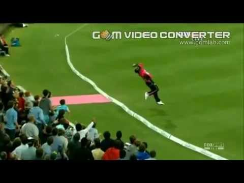 Dwayne Bravo's Spectacular catch