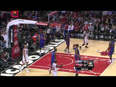 Andre Drummonds Blocks Joakim Noah