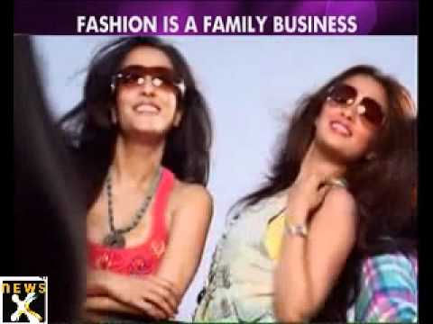 Moonmoon Sen, Raima Sen, Riya Sen together