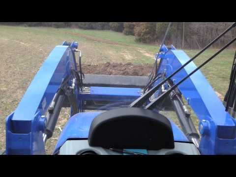 Moving Dirt With a New Holland T4.75