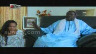 Le Cheikh Bethio présente ses femmes