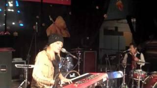 Watch Donna Lewis Beauty & Wonder video