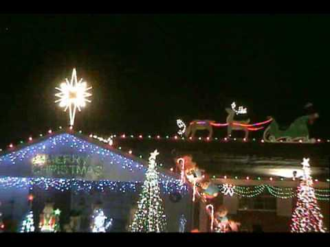 Christmas 2009 Beautiful Star Of Bethlehem (light O Rama).wmv video