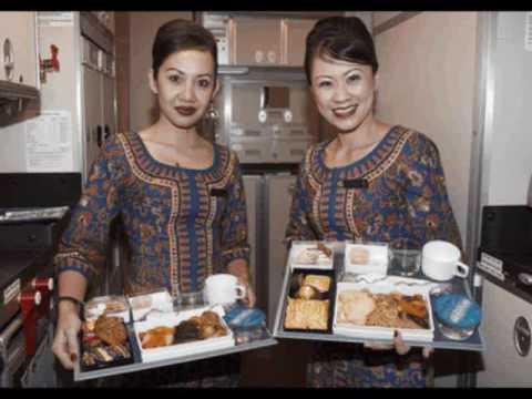 A380: Emirates vs Singapore Airlines (Photos)