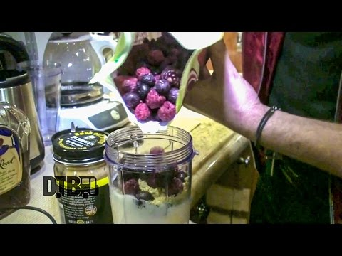 Marianas Trench Makes a Protein Smoothie + PBD Bagel - COOKING AT 65MPH Ep. 10