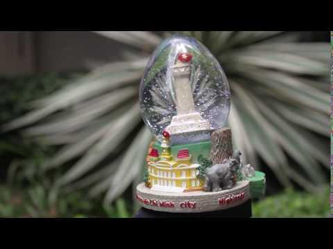 Snow globe of Ho Chi Minh City, Vietnam - Vietnam Flag Tower