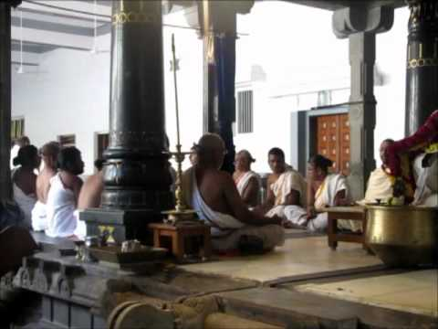 (04) Chanting Vedic Mantras In Tiruvannamalai - Sāmaveda Part 2 Of 2 video
