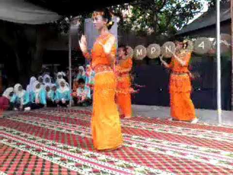 Tari Toraja - Marendeng Marampa SMPN 24 MAKASSAR
