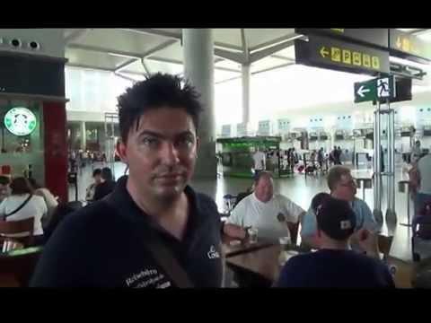 Mietwagen Rückgabe Malaga Flughafen Check In Schalter Starbucks Coffee