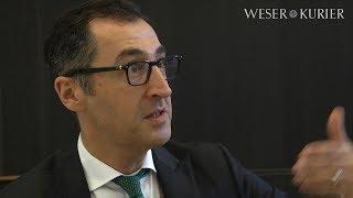 """Cem Özdemir im Interview bei der """"Auto Digital"""""""