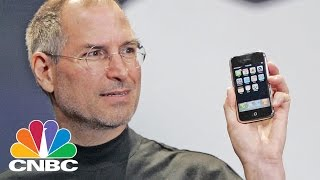 Putting The First-Generation iPhone To The Test For 10 Year Anniversary   CNBC