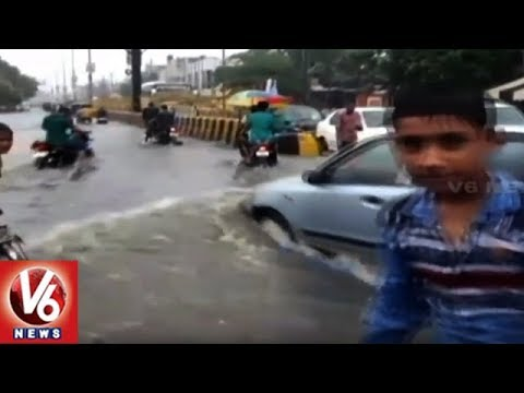 Weather Report | Heavy Rain Wreak Havoc In Uttar Pradesh's Ghaziabad | V6 News